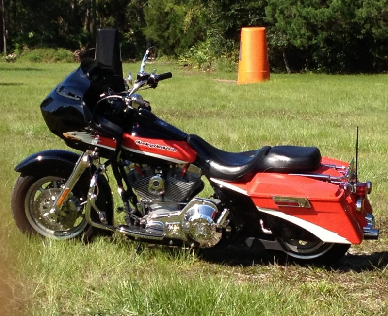Mike Tanacea's 2000 Screaming Eagle Road Glide USAF 1975- 1979