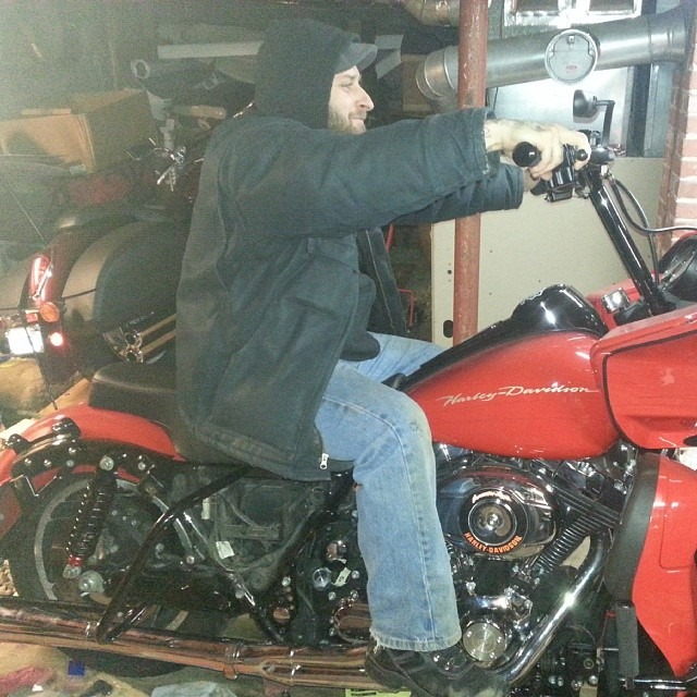 My new riding position.  It should handle like a dyna with the perks of a bagger